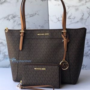 🎉LOWEST🎉Michael Kors Ciara Large Tote Wallet Set